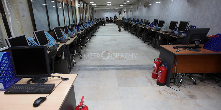 BAGHDAD, IRAQ: The Tally Center in the High Electoral Commission (IHEC) where the votes in the upcoming Iraqi elections will be counted...Photo by Ceerwan Aziz/Metrography