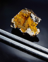 CADMIUM: ELEMENTAL (BARS) & ORE (GREENOCKITE-CdS)