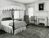 1971  May  21..Historical         ..WILLOUGHBY-BAYLOR HOUSE INTERIOR..Millard Arnold.NEG# MDA71-78-12..
