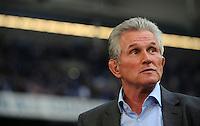 FUSSBALL   1. BUNDESLIGA   SAISON 2011/2012    6. SPIELTAG FC Schalke 04 - FC Bayern Muenchen                       18.09.2011 Trainer Jupp HEYNCKES (Bayern)