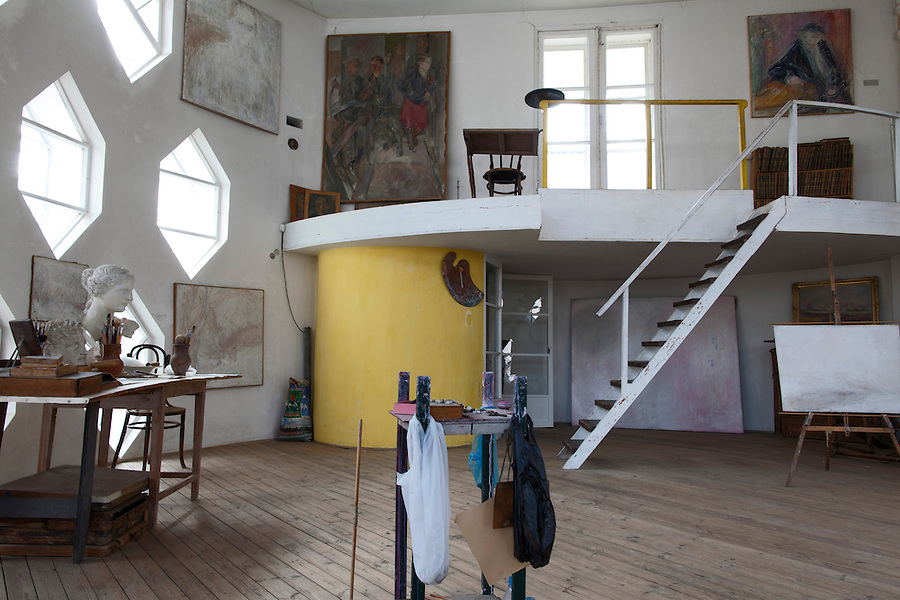 Moscow, Russia, 25/04/2013..Studio inside the Melnikov House [1927-1929], the most famous construction by Soviet avant-garde architect Konstantin Melnikov, in central Moscow. The house, which is slowly collapsing, is the subject of a complex dispute between the architect's grand-daughter Ekaterina, who lives there and wants to turn it into a museum, her sister Elena, and businessman Sergei Gordeev.