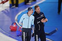 SCHAATSEN: BERLIJN: Sportforum Berlin, 06-12-2014, ISU World Cup, Bart Swings (BEL), Rutger Tijssen (trainer/coach Team Stressless), ©foto Martin de Jong