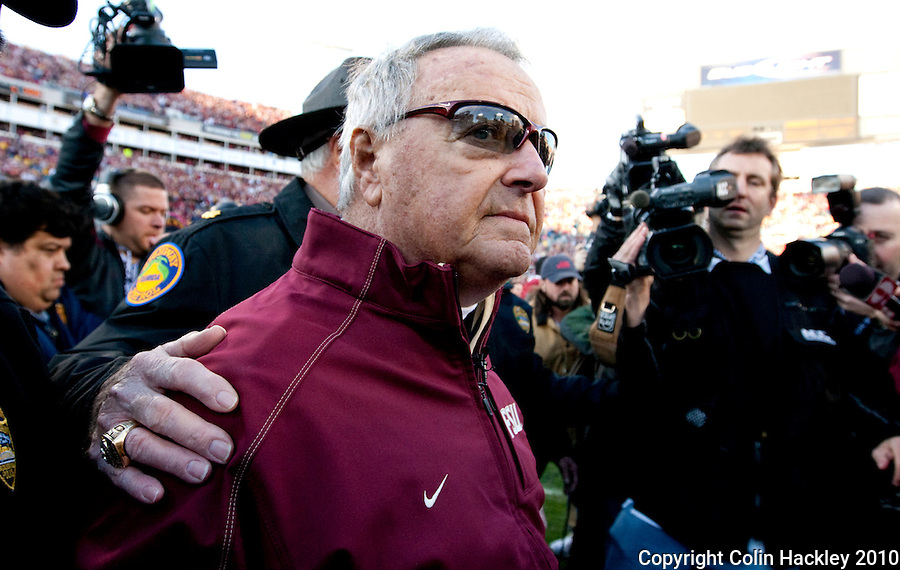 JACKSONVILLE, FL 1/1/10-FSU-WV FB CH75-Florida State Head Coach Bobby Bowden makes his way to midfield at the in the end of his final game against West Virginia in the Gator Bowl, Friday in Jacksonville, Fla. The Seminoles beat the Mountaineers 33-21..COLIN HACKLEY PHOTO