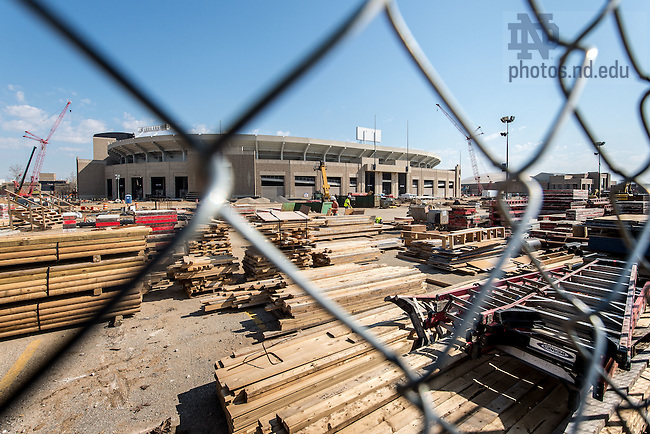 Apr. 18, 2015; Campus Crossroads construction. (Photo by Matt Cashore/University of Notre Dame)