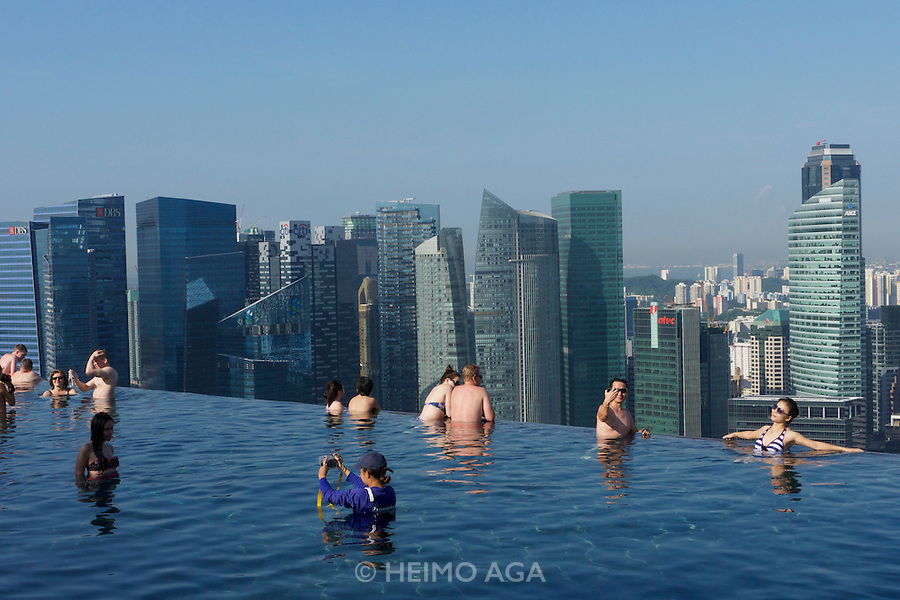 Singapore. Marina Bay Sands Hotel. The infinity pool at the rooftop.