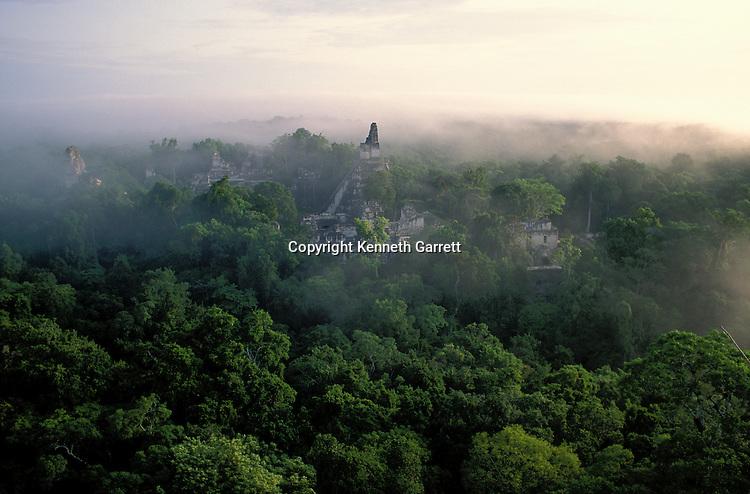 Maya; Tikal; Guatemala