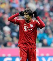 FUSSBALL   1. BUNDESLIGA  SAISON 2012/2013   18. Spieltag FC Bayern Muenchen - SpVgg Greuther Fuerth       01.12.2012 Javi Martinez (FC Bayern Muenchen) am Ball