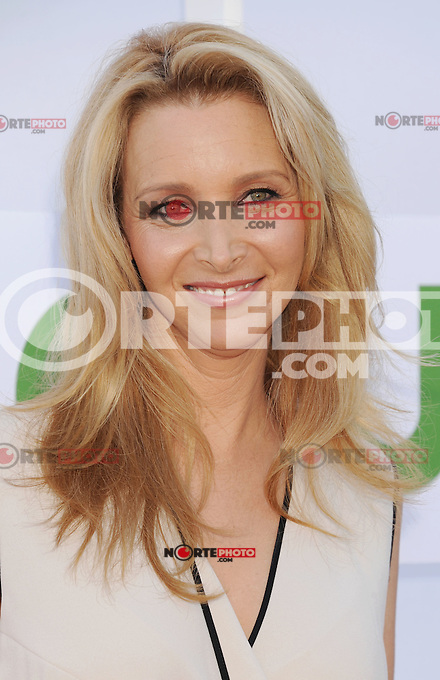 BEVERLY HILLS, CA - JULY 29: Lisa Kudrow arrives at the CBS, Showtime and The CW 2012 TCA summer tour party at 9900 Wilshire Blvd on July 29, 2012 in Beverly Hills, California. /NortePhoto.com<br /> <br />  **CREDITO*OBLIGATORIO** *No*Venta*A*Terceros*<br /> *No*Sale*So*third* ***No*Se*Permite*Hacer Archivo***No*Sale*So*third*
