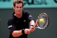 Andy Murray (GBR) (3) against Potito Starace (ITA) in the second round of the Men's Singles. Murray beat Starace 6-2 2-6 7-5 6-4..Tennis - French Open - Day 4 - Wed 27th May 2009 - Roland Garros - Paris - France..Frey Images, Barry House, 20-22 Worple Road, London, SW19 4DH.Tel - +44 20 8947 0100.Cell - +44 7843 383 012