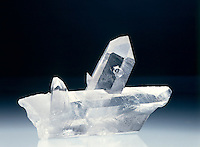 ROCK CRYSTAL QUARTZ<br /> Twinned Crystal<br /> SiO2; Hexagonal-Trigonal trapezohedral crystal form