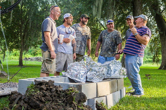"""The Texans and the Landrys swap swamp stories as Troy Landry and family prepare for Swampsgiving on the History Channel's """"Swamp People"""""""