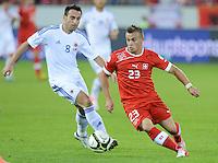 Fussball International  WM Qualifikation 2014   11.09.2012 Schweiz - Albanien Xherdan SHAQIRI (re, Schweiz) gegen Ervin Bulku (Albanien)