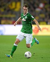 FUSSBALL  1. BUNDESLIGA  SAISON 2013/2014   3. SPIELTAG Borussia Dortmund - Werder Bremen                  23.08.2013 Luca Caldirola (SV Werder Bremen) Einzelaktion am Ball