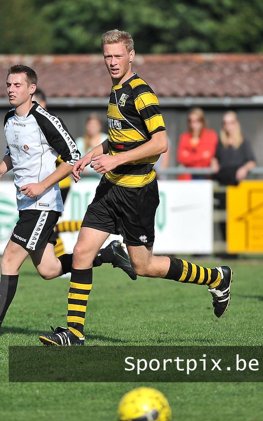 FC Moen : Jimmy Leyder<br /> foto VDB / Bart Vandenbroucke