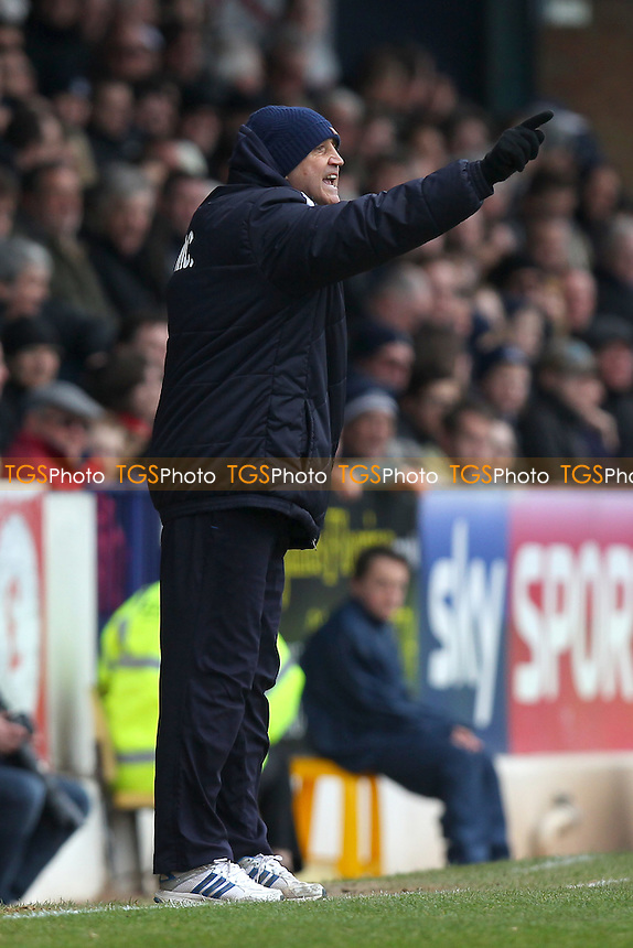 Cambridge United manager Richard Money - Southend United vs Cambridge United - Sky Bet League Two Football at Roots Hall, Southend-on-Sea, Essex - 21/03/15 - MANDATORY CREDIT: Gavin Ellis/TGSPHOTO - Self billing applies where appropriate - contact@tgsphoto.co.uk - NO UNPAID USE