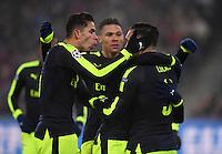 FUSSBALL CHAMPIONS LEAGUE SAISON 2016/2017 GRUPPENPHASE FC Basel - Arsenal London            06.12.2016 JUBEL Gabriel (li, Arsenal) umarmt Torschuetze Lucas Perez (Arsenal)