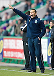 Hibs v St Johnstone....27.11.10  .Colin Calderwood.Picture by Graeme Hart..Copyright Perthshire Picture Agency.Tel: 01738 623350  Mobile: 07990 594431