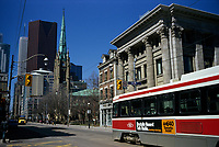 Toronto (ON) CANADA, April 19, 2007<br /> <br /> Tramway in downtown Toronto<br /> <br /> <br />     photo by Pierre Roussel - Images Distribution
