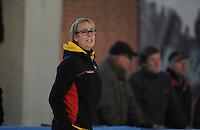 SCHAATSEN: DEVENTER: IJsbaan De Scheg, 27-10-12, IJsselcup, trainer Sijtje van der Lende (TopTeam Noord-Nederland), ©foto Martin de Jong