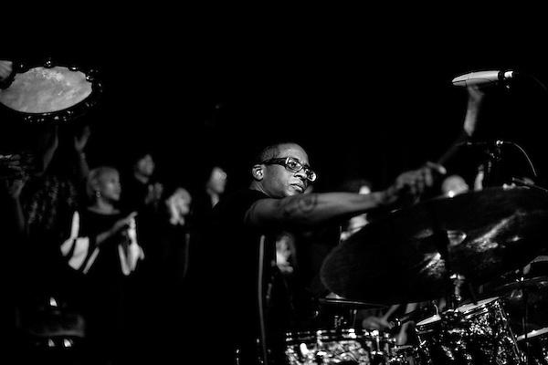 October 11, 2009. Durham, North Carolina..The making of the Hallelujah Train, an album featuring PASTOR BRADY BLADE, SR., BRIAN BLADE, BRADY BLADE, JR., DANIEL LANOIS, GREG LEISZ, BUDDY MILLER, CHRIS THOMAS, ADA SMALL, AARON EMBRY & THE ZION BAPTIST CHURCH CHOIR UNDER  THE DIRECTION OF SERECA HENDERSON. .
