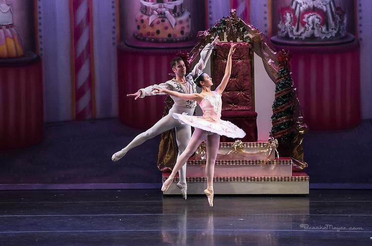"Cary Ballet Conservatory, ""Visions of Sugarplums"", Cary Arts Center, Cary, North Carolina, 20 Dec 2013."