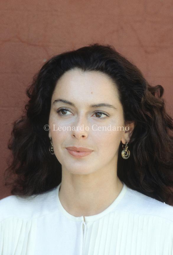 Monica Guerritore is an Italian actress of cinema, theatre and television. Lido ( Venezia ) 1990. © Leonardo Cendamo