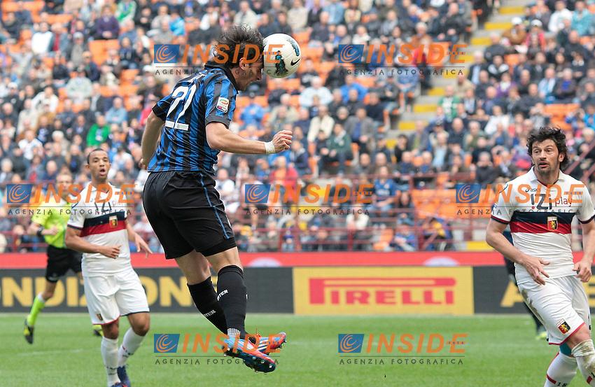 """Gol di Diego Milito Inter.Goal celebration.Milano 01/04/2012 Stadio """"San Siro - Giuseppe Meazza"""".Football Calcio 2011 / 2012.Inter Vs Genoa 5-4.Foto Insidefoto / Paolo Nucci"""