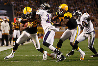 PITTSBURGH, PA - NOVEMBER 06:  Jerricho Cotchery #89 of the Pittsburgh Steelers runs with the ball after a catch through Ladarius Wedd #21 of the Baltimore Ravens during the game on November 6, 2011 at Heinz Field in Pittsburgh, Pennsylvania.  (Photo by Jared Wickerham/Getty Images)