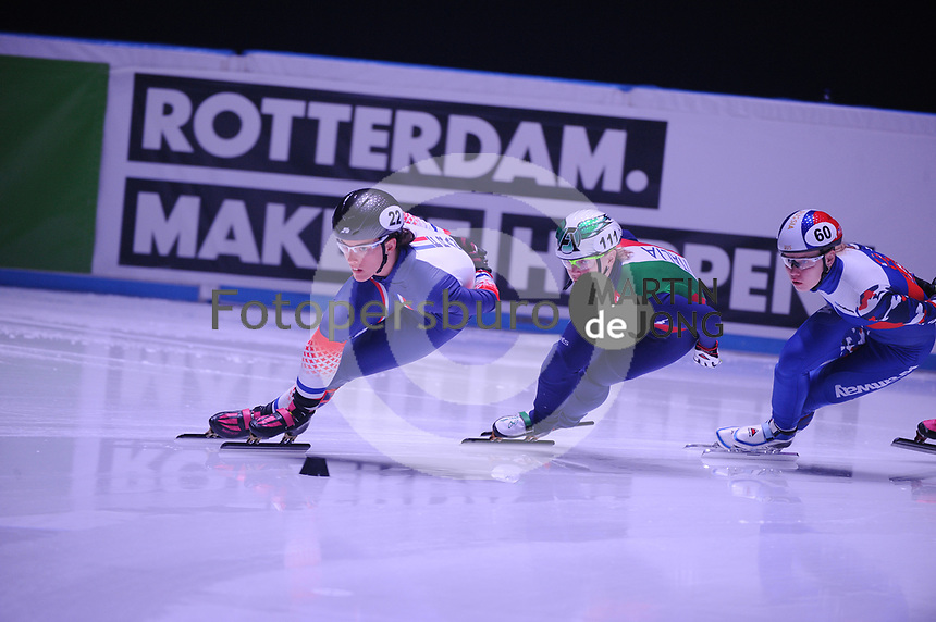 SHORT TRACK: ROTTERDAM: Ahoy, 12-03-2017, KPN ISU World Short Track Championships 2017, Veronique Pierron (FRA | #22), Arianna Fontana (ITA | #111), ©photo Martin de Jong