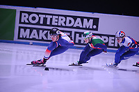 SHORT TRACK: ROTTERDAM: Ahoy, 12-03-2017, KPN ISU World Short Track Championships 2017, Veronique Pierron (FRA   #22), Arianna Fontana (ITA   #111), ©photo Martin de Jong