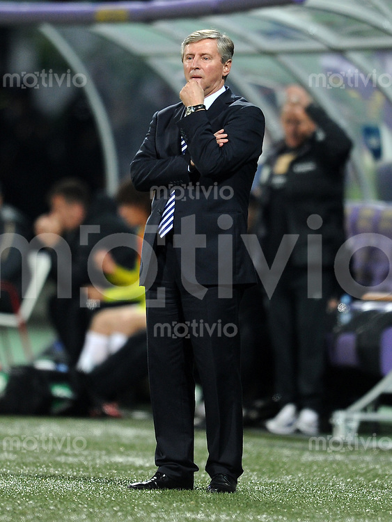 FUSSBALL INTERNATIONAL  Qualifikation Euro 2012  11.10.2011 Slowenien - Serbien Trainer Vladimir PETROVIC (Serbien)