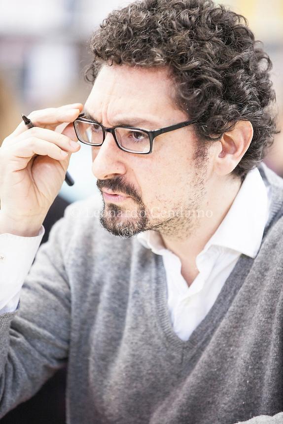 David Foenkinos, né le 28 octobre 1974 à Paris, est un romancier français. Salon du Livre Paris 2015. © Leonardo Cendamo
