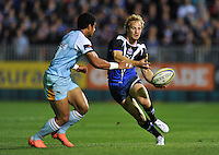 Nick Abendanon passes the ball. Aviva Premiership match, between Bath Rugby and Northampton Saints on September 14, 2012 at the Recreation Ground in Bath, England. Photo by: Patrick Khachfe / Onside Images