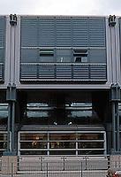 Nicholas Grimshaw & Partners: Sainsbury, Camden Road elevation.  Photo '90.