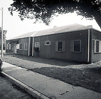 1992 January ..Assisted Housing.Oakleaf Forest...MANAGER'S OFFICE.STUDY OF EXTERIOR BEFORE REMODELING...NEG#.NRHA#..