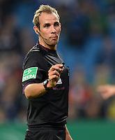 FUSSBALL   DFB POKAL   SAISON 2013/2014   2. HAUPTRUNDE Hamburger SV - SpVgg Greuther Fuerth                 24.09.2013 Schiedsrichter Sascha Stegemann