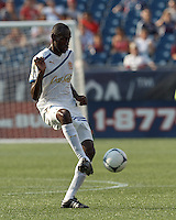 C.D. Olimpia midfielder Hendry Cordova (23) passes the ball. In an international friendly, AC Milan defeated C.D. Olimpia, 3-1, at Gillette Stadium on August 4, 2012.