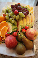 Different fruits, ready to eat.