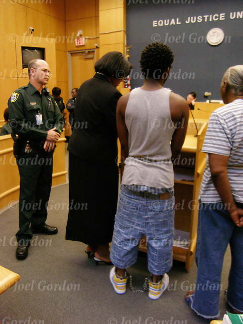 How Teen Court Works - manateeclerkcom