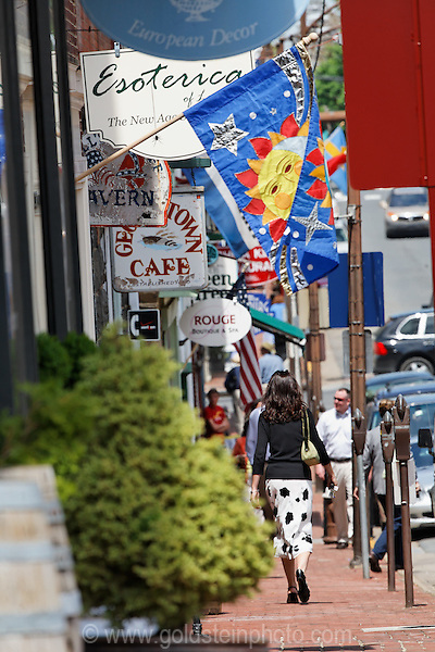 Streetscape in Leesburg Virginia.