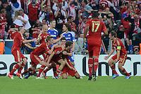 FUSSBALL   SAISON 2011/2012   CHAMPIONS LEAGUE FINALE FC Bayern Muenchen - FC Chelsea  19.05.2012 Torjubel nach dem 1:0: Franck Ribery, Toni Kroos, Arjen Robben, Thomas Mueller, Mario Gomez und Philipp Lahm (v.l., alle FC Bayern Muenchen)