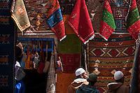 Afrique/Afrique du Nord/Maroc/Essaouira: Dans le souk des marchands de tapis de la médina