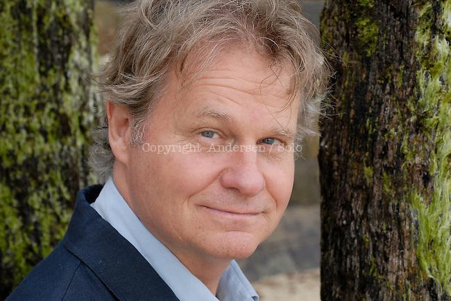 Wade Davis, Canadian writer.