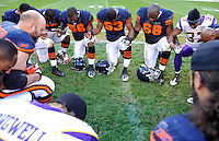 Bears and Vikings players pray after Bears 27-13 win over the Vikings at Soldier Field in Chicago on Sunday, November 14, 2010.  |  Jonathan Miano~Sun Times Media