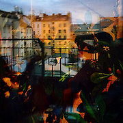Prague. #czechrepublic #prag #praha #prague #tschechien #reflection #light #shadow #colors  #smichov