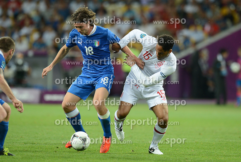 24.06.2012, Olympia Stadion, Kiew, UKR, UEFA EURO 2012, England vs Italien, Viertelfinale, im Bild Riccardo MONTOLIVO (Italia), Joeeon LESCOTT (Inghilterra) // during the UEFA Euro 2012 Quarter Final Match between Enland and Italy at the Olympic Stadium, Kiev, Ukraine on 2012/06/24. EXPA Pictures © 2012, PhotoCredit: EXPA/ Insidefoto/ Alessandro Sabattini..***** ATTENTION - for AUT, SLO, CRO, SRB, SUI and SWE only *****