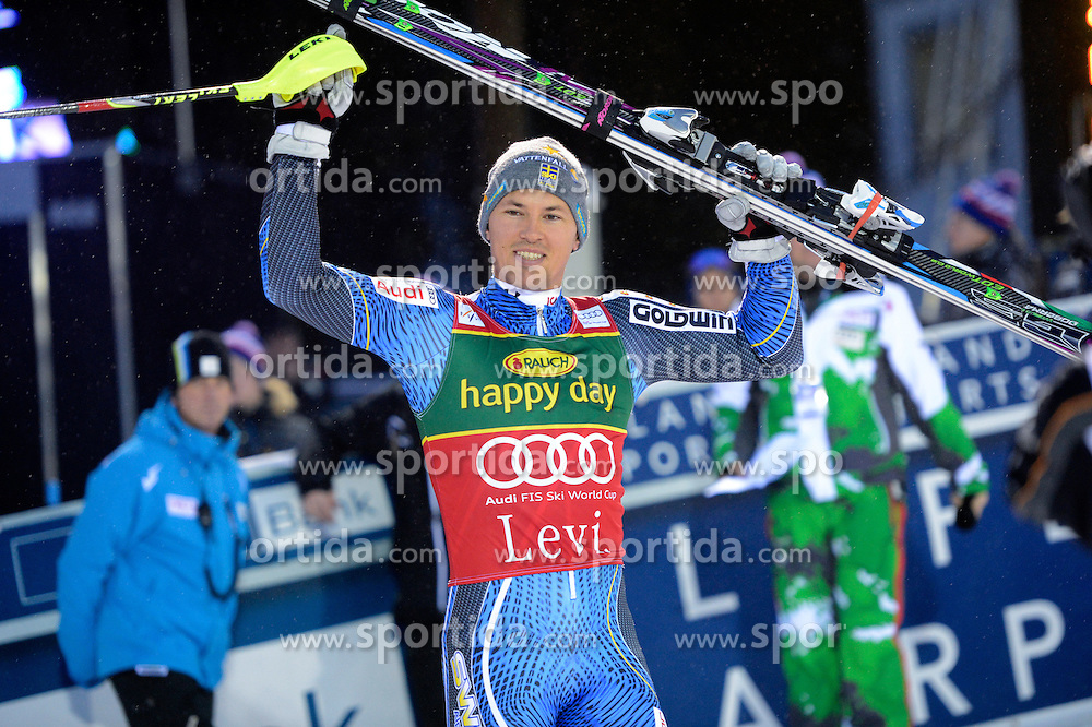 11.11.2012, Levi Black, Levi, FIN, FIS Ski Alpin Weltcup, Slalom, Herren, 2. Durchgang, im Bild Andre Myhrer (SWE, Platz 1) // 1st place Andre Myhrer of Sweden celebrate after wining  of mens Slalom of FIS ski alpine world cup at Levi Black course in Levi, Finland on 2012/11/11. EXPA Pictures © 2012, PhotoCredit: EXPA/ sportbild.se/ Nisse Schmidt..***** A11ENTION - OUT OF SWE *****