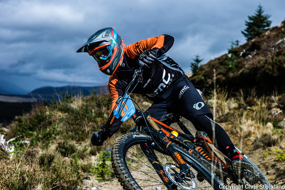 Fort William, Scottish Highlands, UK. 17th April 2016. Mountain bikers compete in the POC Scottish Enduro Series 2nd Round on Nevis Range in the Scottish Highlands.