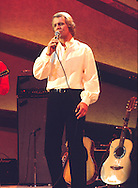 "David Soul 1977 on ""Midnight Special"".© Chris Walter."