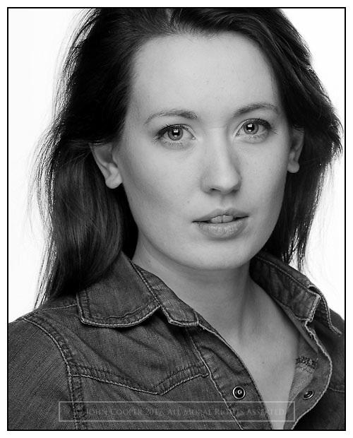 Headshot of actress Joanne McGuinness.